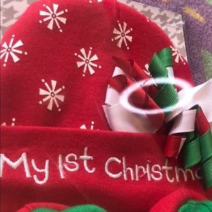 Baby Essentials Costumes - Christmas Hat and booties